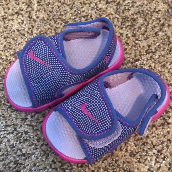 Nike baby girl sandals. M 5ac8dac4a44dbe5cae80291a 3c0653ca8